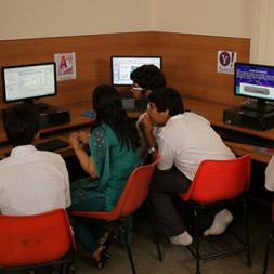 darshan-dental-college-computer-lab